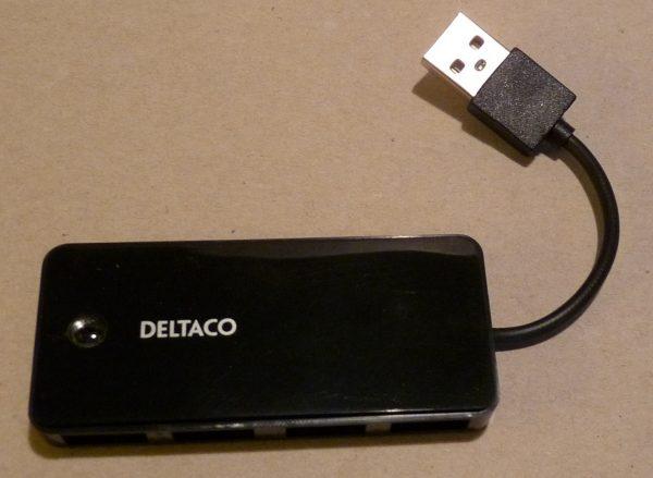 3D-tulostimen 4-porttinen USB-hub.